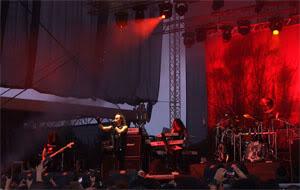 01_1280px-Moonspell_-_Kavarna_Rock_Fest_2011_02.jpg