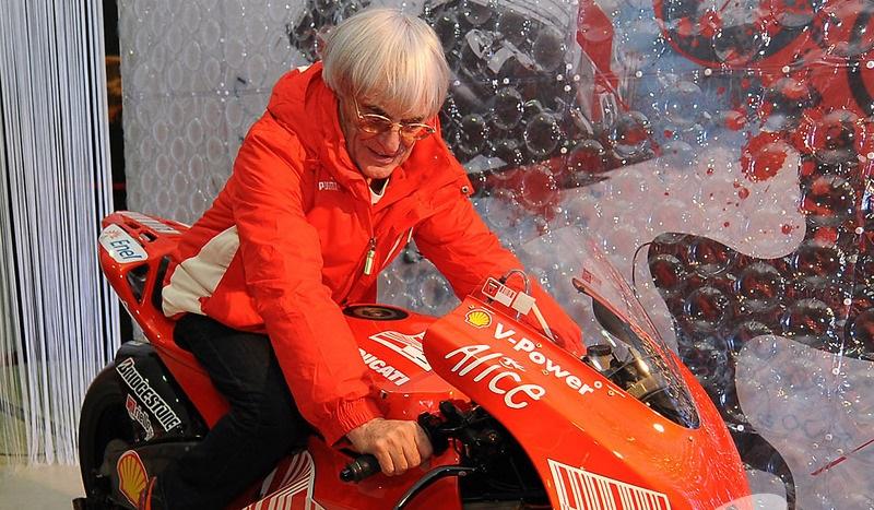 Бърни Екълстоун е командвал и MotoGP