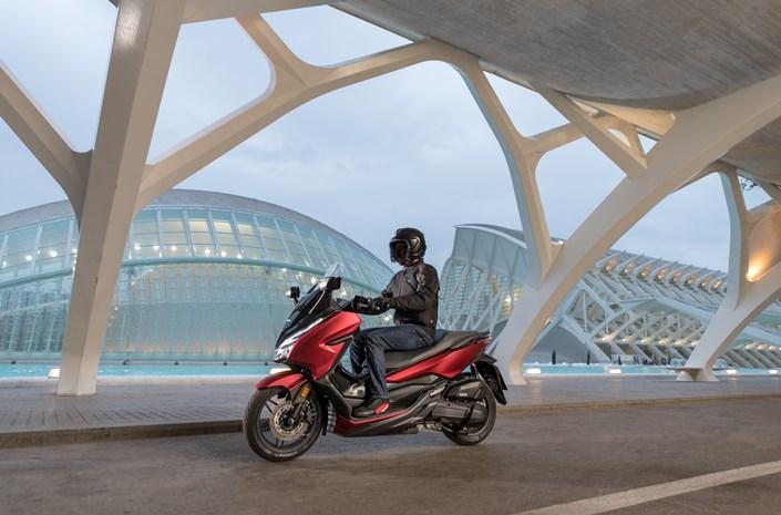 Honda представи новата Forza 125 за 2018 г.