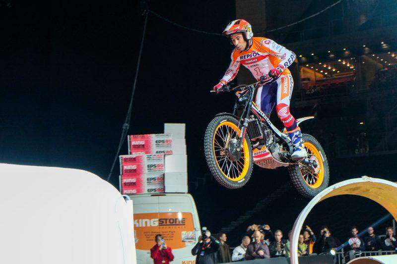 Тони Боу започна успешно шампионата X-Trial за Repsol Honda