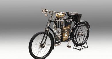 Laurin & Klement SLAVIA B дава преди 120 години начало на ŠKODA Motorsport между Париж и Берлин